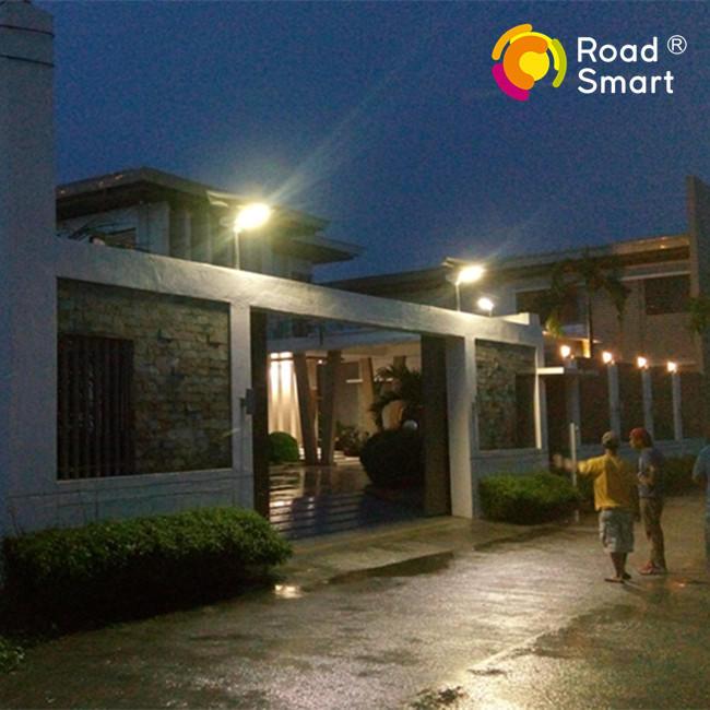 180lm/w High Efficiency Integrated Mono Solar Panel LED Street Light