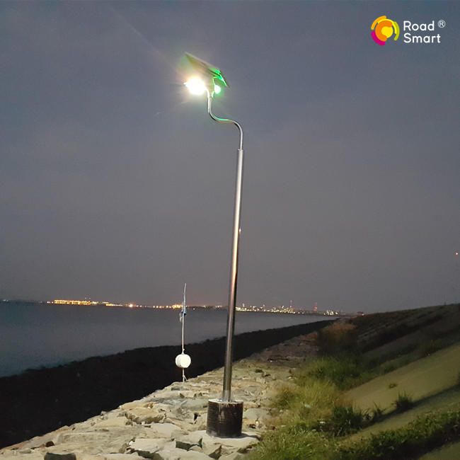 beautiful outdoor solar powered street light for garden park sidewalk